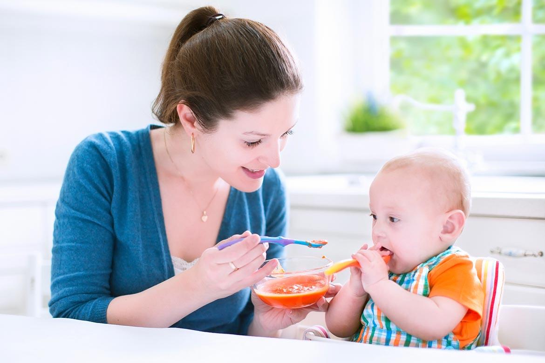 svezzare-un-neonato