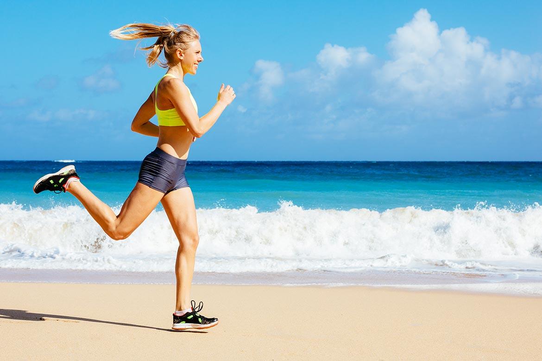 correre-in-spiaggia