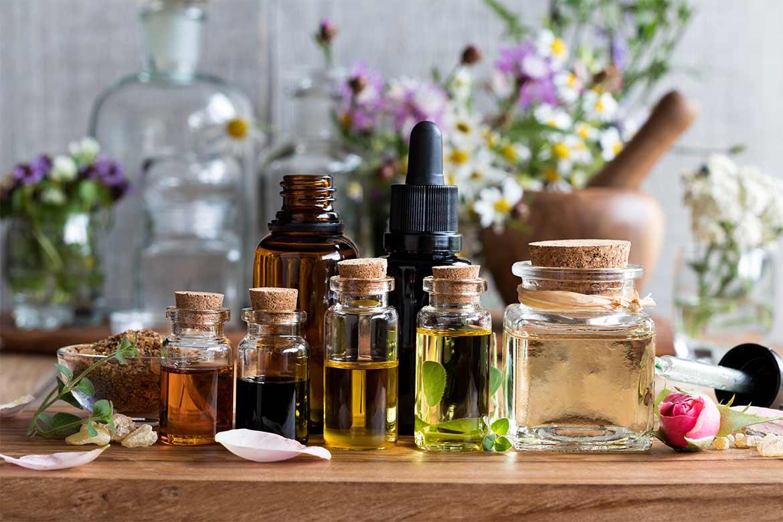 Come usare gli oli essenziali per profumare la casa