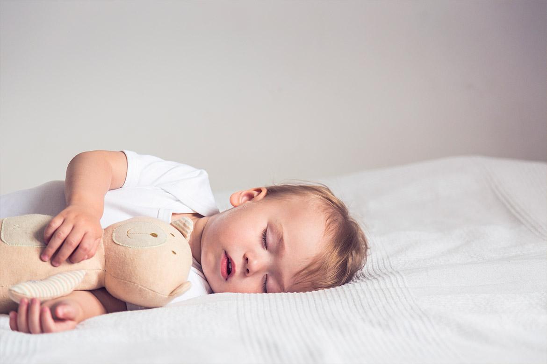sudorazione-notturna-dei-bambini
