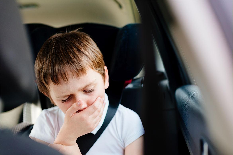 viaggiare-in-auto-con-bambini
