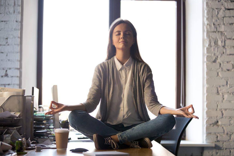 concentrazione-e-calma-in-ufficio-lavoro-mbenessere
