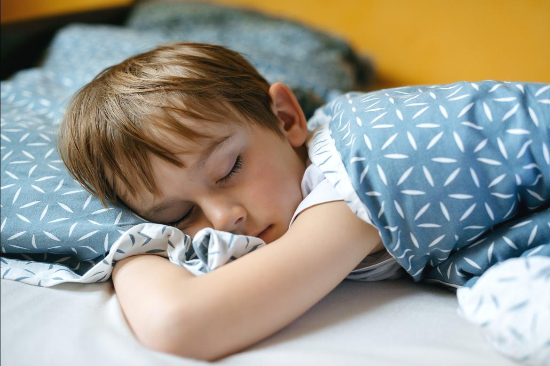 insonnia-nei-bambini-di-10-anni