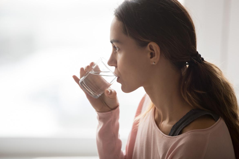 come-prevenire-il-virus-intestinale-mbenessere-idratazione