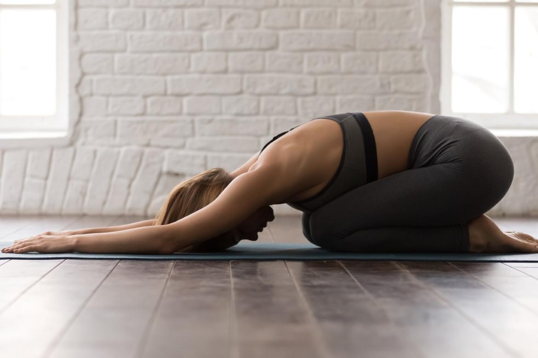 yoga-contro-ansia-e-stress-mbenessere