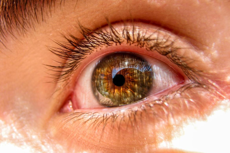 proteggere-gli-occhi-dal-sole-mbenesere